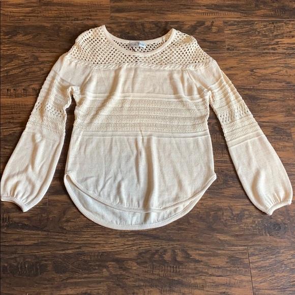 Knox Rose Cream Colored Small Sweater